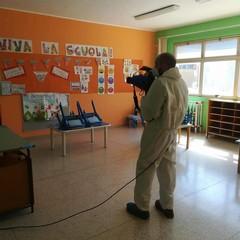 La sanificazione delle scuole