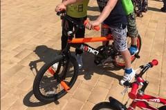 Modugno, l'appello di una mamma: «Aiutatemi a trovare la bici di mio figlio»