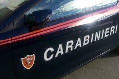 Scappano alla vista dei carabinieri, arrestati due 18enni a Modugno