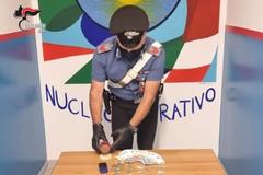 Spacciava droga in casa: 30enne arrestato dai carabinieri di Modugno