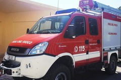 Zona industriale Modugno, incendio nella notte alla Recuperi pugliesi