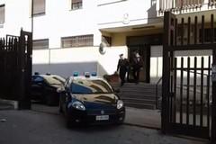 Maltratta la madre e i nipoti, 33enne finisce in carcere