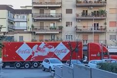 Natale a Modugno, per le vie della città il truck della Coca Cola