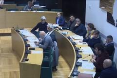 Consiglio comunale, anche il presidente Valentina Longo: 'Inopportuno celebrarlo'