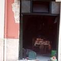 Scoppio in casa, sfiorata la tragedia in Piazza dei Caduti