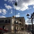 Piazza Sedile addobbata per Natale: ecco il tradizionale abete