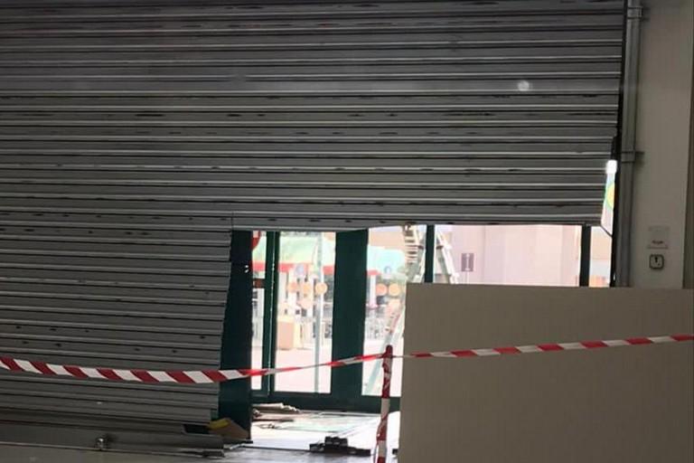 Il tentato furto al centro commerciale di Modugno