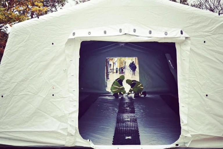 La tenda della Protezione Civile a Modugno