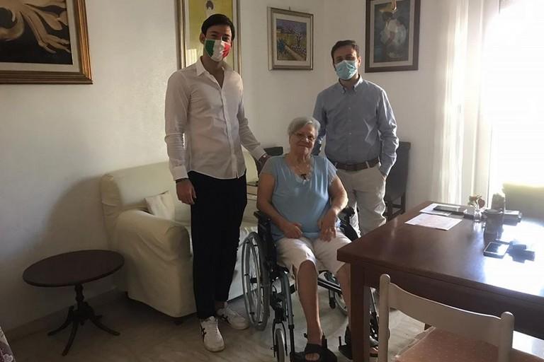 La visita di Lopez a nonna Pia