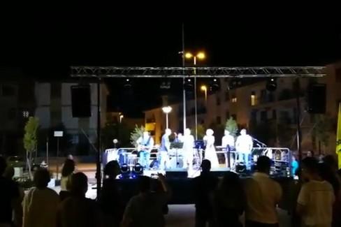La serata in piazza a Modugno